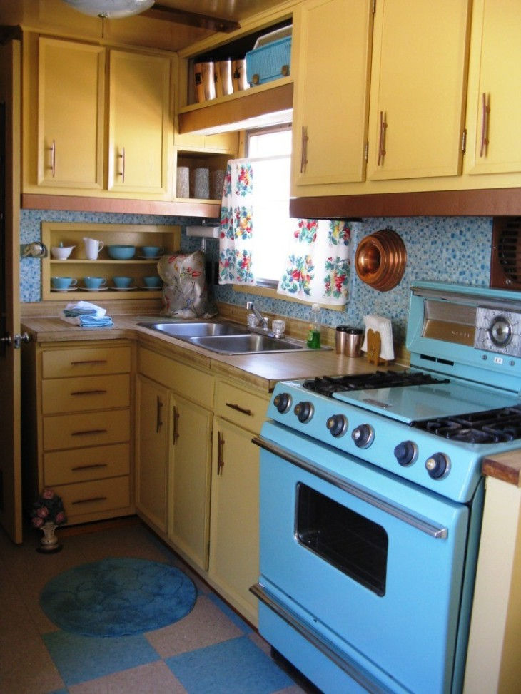 Charming 1950's Turquoise Kitchen
