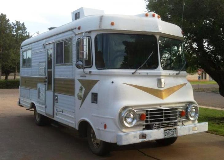 1967 Donhal Oasis RV